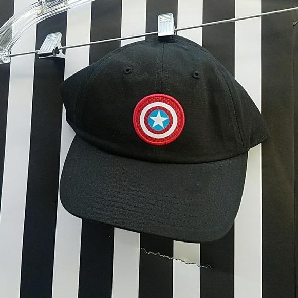 29cd47a1c59bc VANS CAPTAIN AMERICA HAT